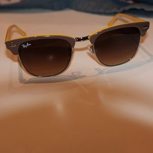 Ray Ban Clubmaster yellow and brown